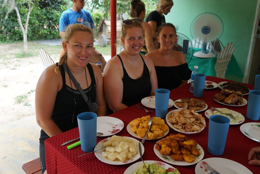 Cuba LEgal Travel, girls sitting having cuban lunch at our family home